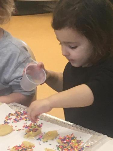 Chanukah Cookies, crafts & more!